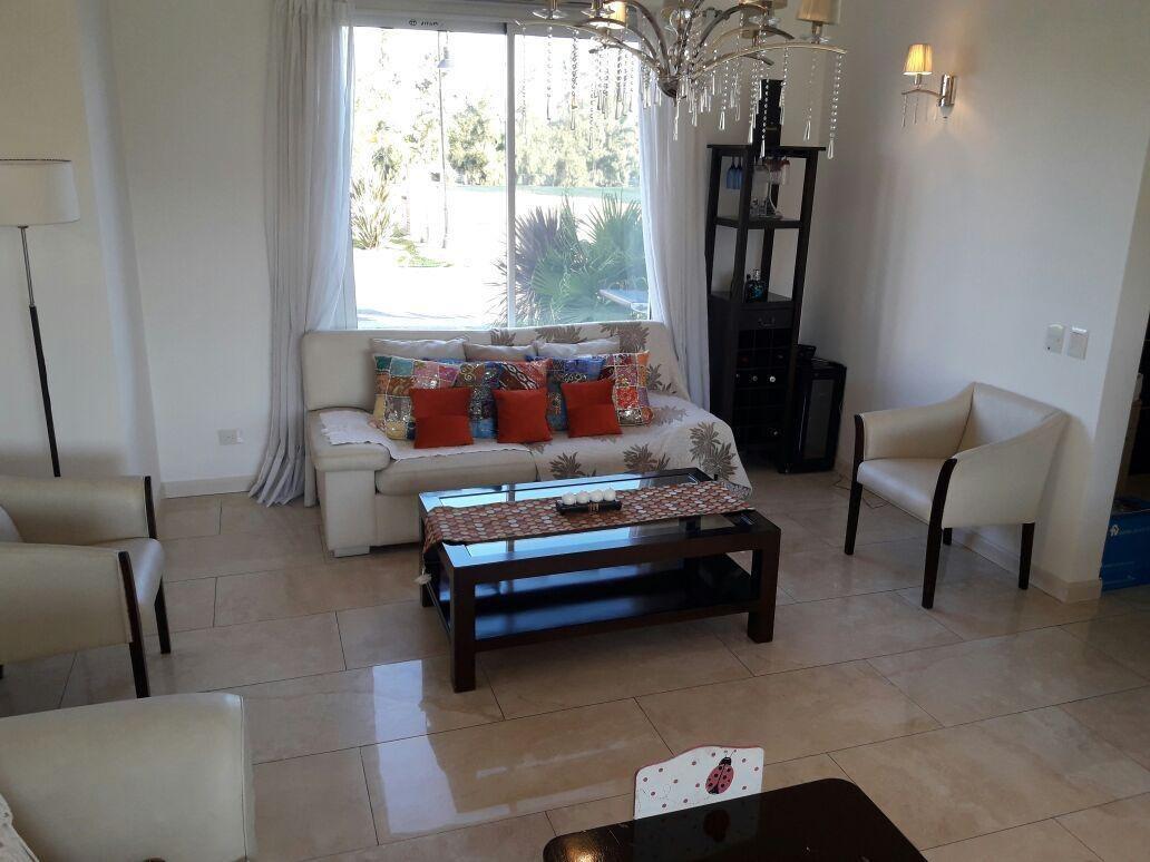 venta excelente casa de 5 ambientes, los lagos, nordelta
