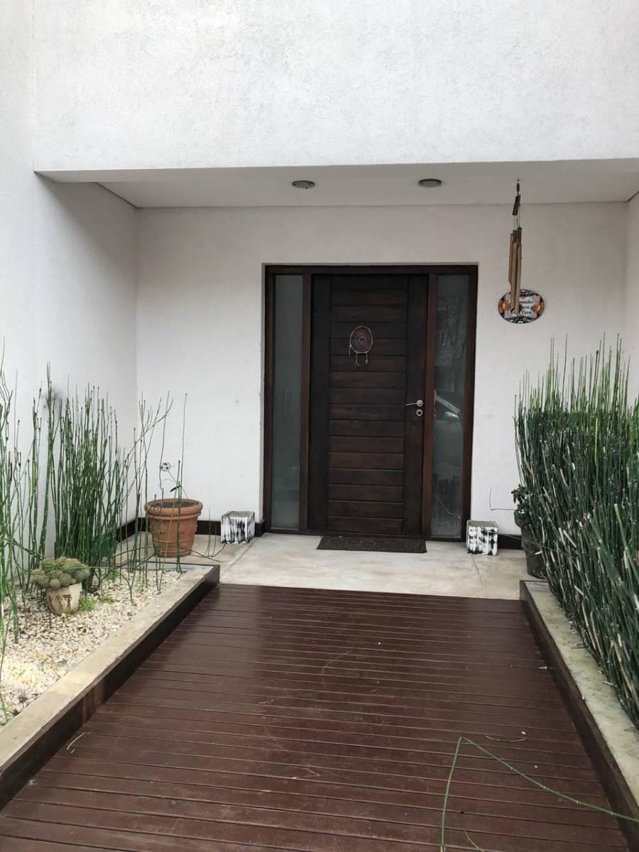 venta excelente casa en bº cº st. matthew's pilar