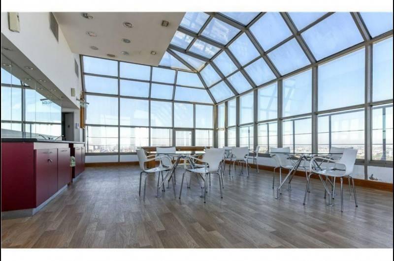 venta excelente departamento 4 ambientes en torre de categoría