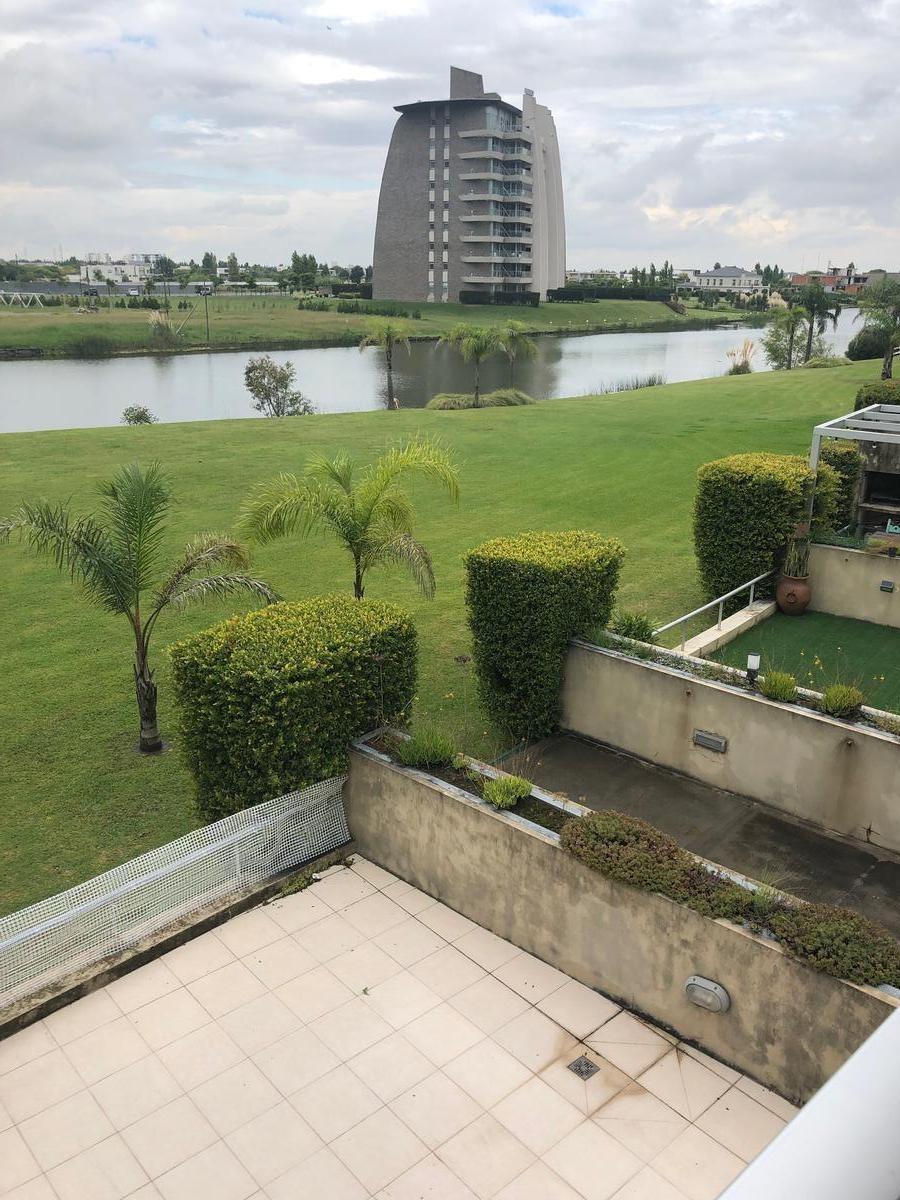 venta excelente monoambiente con vista al lago. portezuelo, nordelta