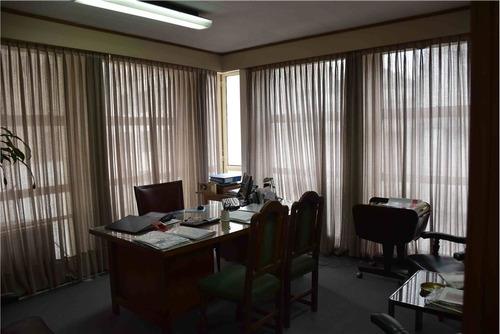 venta excelente oficina en microcentro