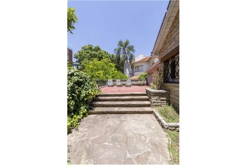 venta exclusiva casa  650m2 en nahuel huapi 4000 villa urquiza