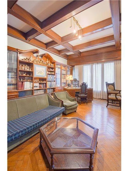 venta exclusiva casa de 650m2 cubiertos y 400m2 descubiertos,  de estilo, ideal geriatrico, consultorios, centro de rehabilitacion, petit hotel, hostel villa urquiza