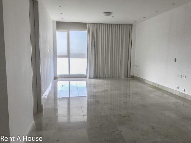 venta fantástico apartamento en marea 1 costa del este panam
