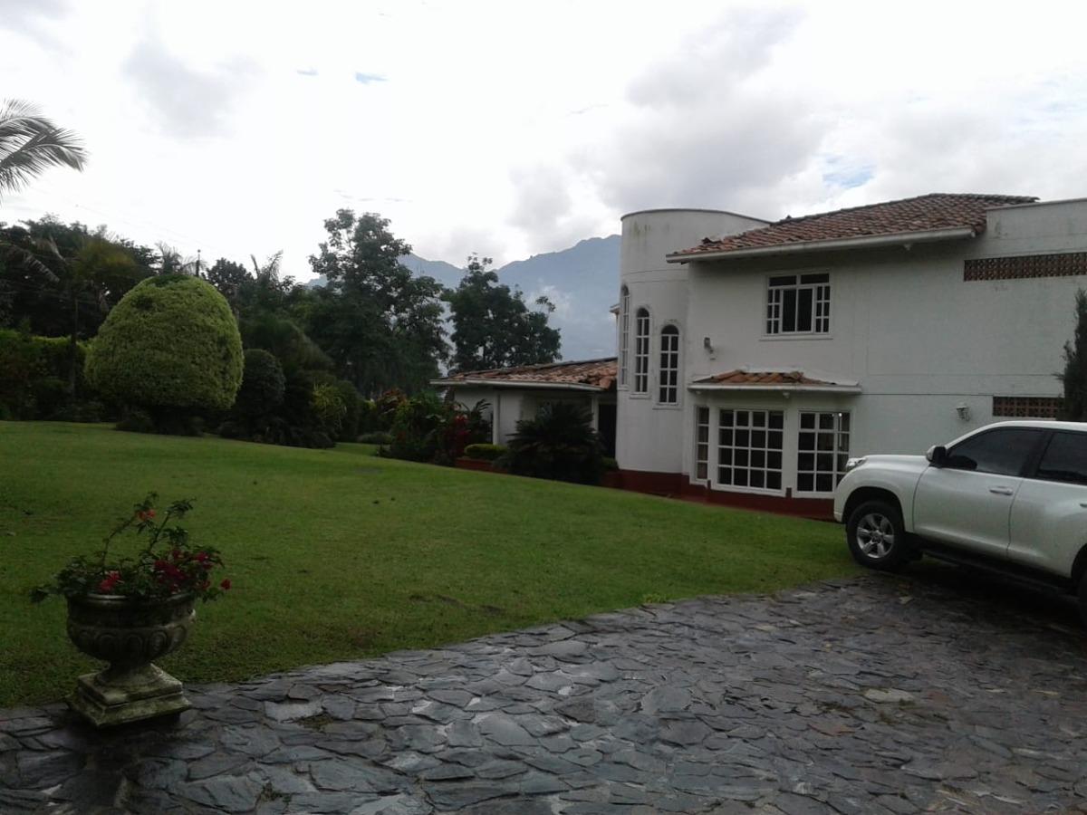 venta finca copacabana villa roca