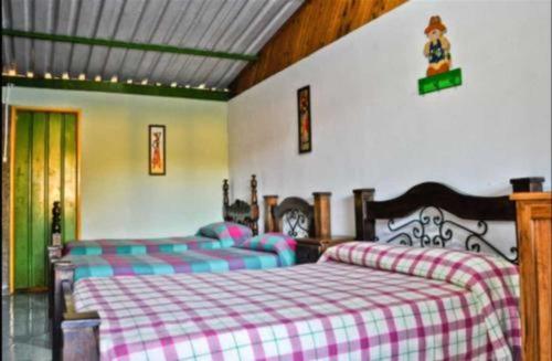venta finca hotel vía circasia -montenegro