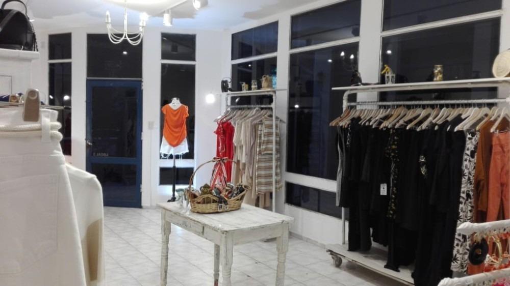 venta fondo comercio local indumentaria femenina