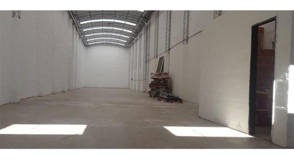 venta galpón 400 m2 c/ renta caseros oportunidad!
