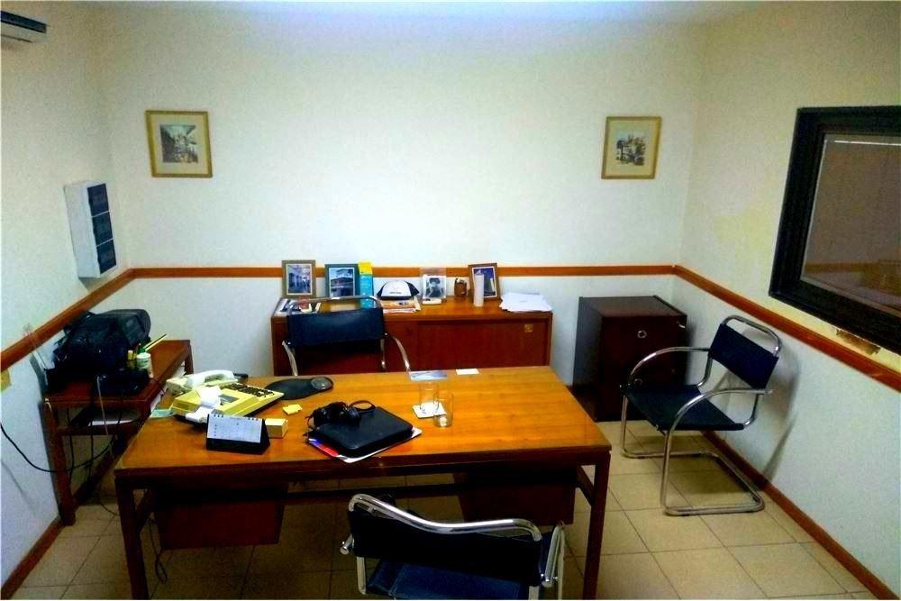 venta galpón con oficinas 1845 m2