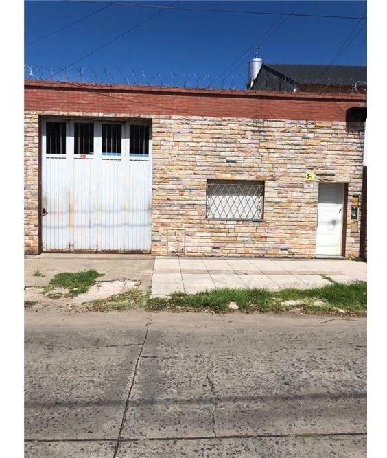 venta galpón con vivienda 3 amb villa ballester