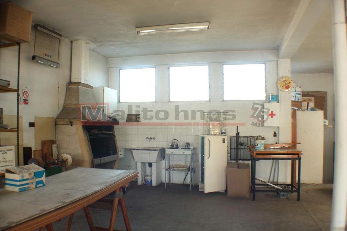 venta galpón lote propio con vivienda en villa lugano