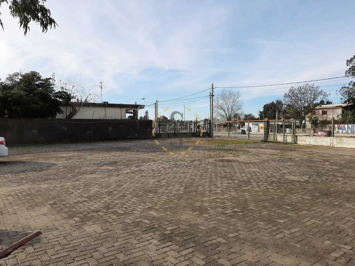 venta galpon sobre av. belloni, a metros ruta 102 perimetral