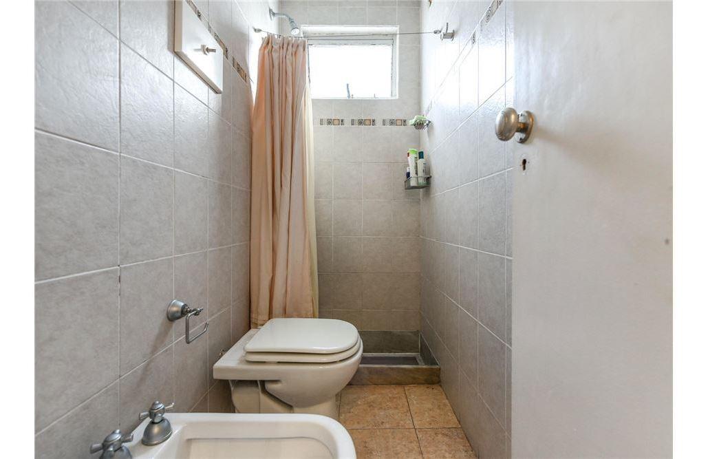 venta gran piso almagro 5 amb 2 baños y toilette