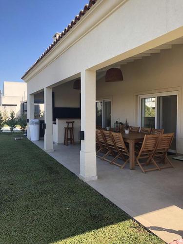venta hermosa casa - barrio los alisos, nordelta