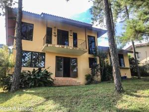 venta hermosa casa en villa zaita panama