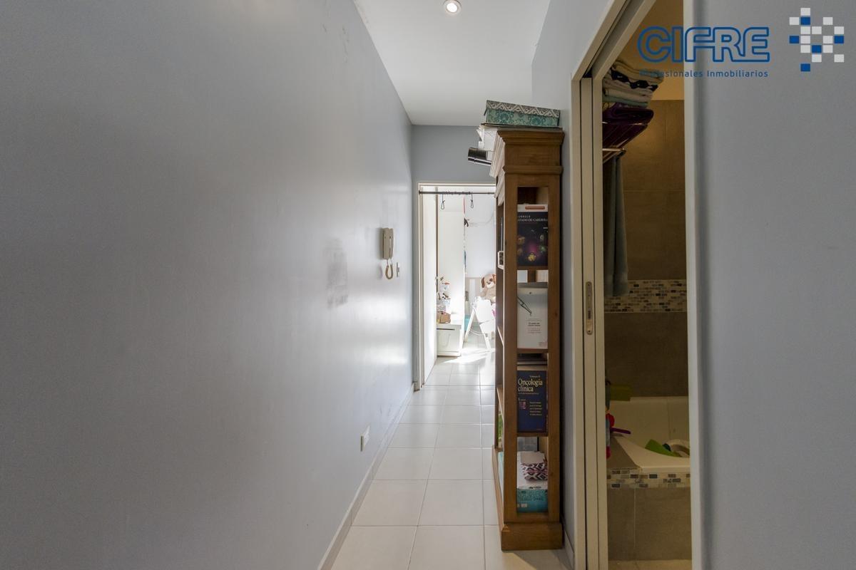 venta hermoso ph frente 3 ambientes duplex muy luminoso 8 años de antiguedad,