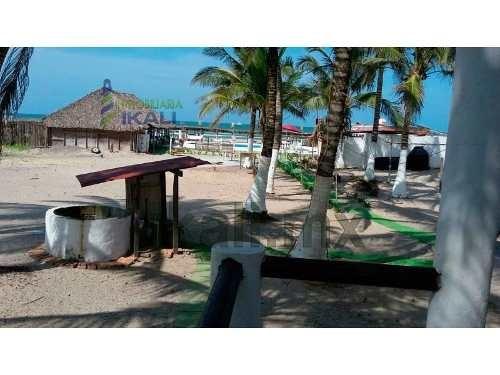 venta hotel frente al mar playa tuxpan veracruz zona comercial 10 habitaciones, bonito hotel club se encuentra ubicado a la orilla de la playa, cuenta con restaurante, cocina, palapas, alberca, regad