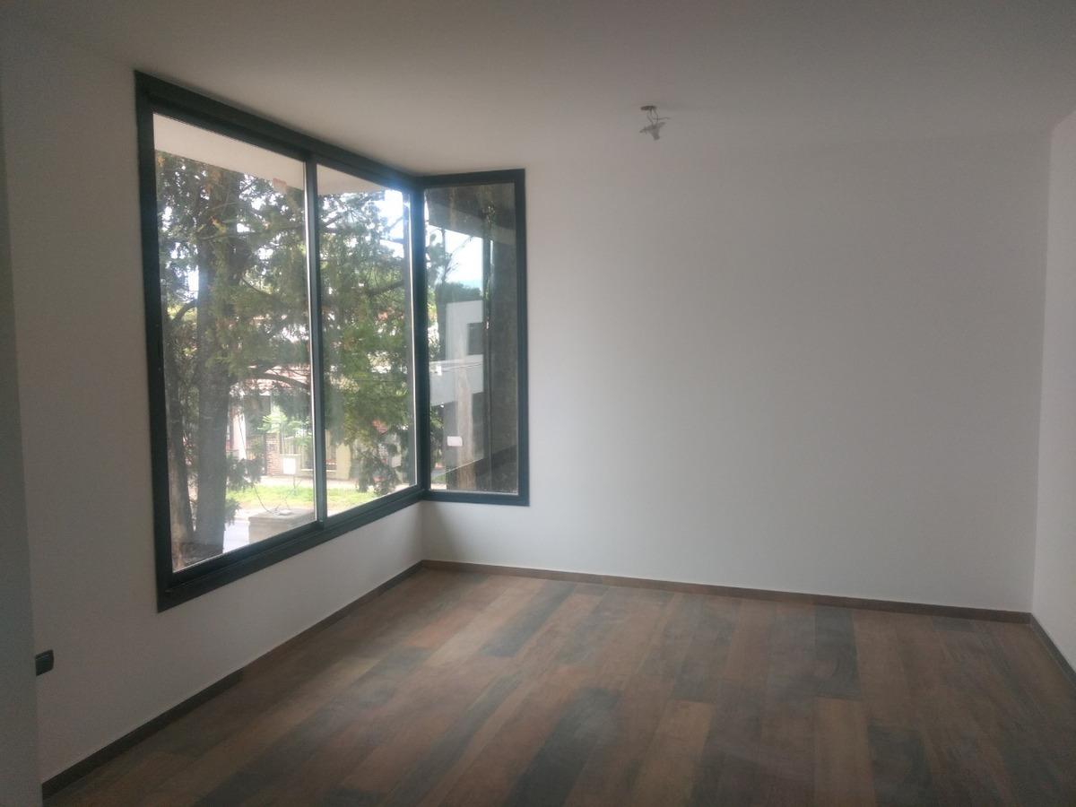 venta housing 3 dorm b° villa belgrano