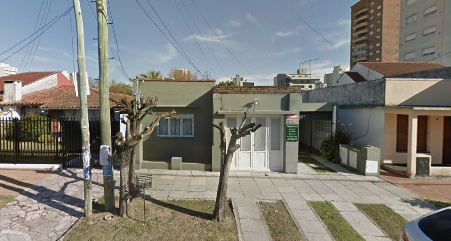 venta ideal para inversores casa sobre lote de 480m2