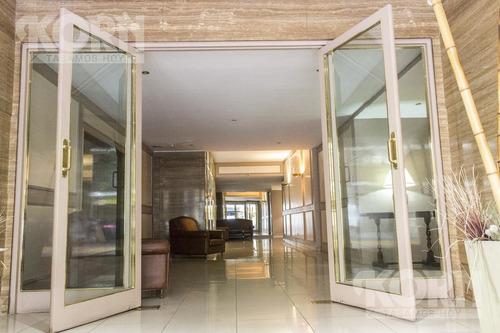 venta impecable departamento de 3 ambientes  en dos plantas, en pleno corazón de palermo. bajas expensas!
