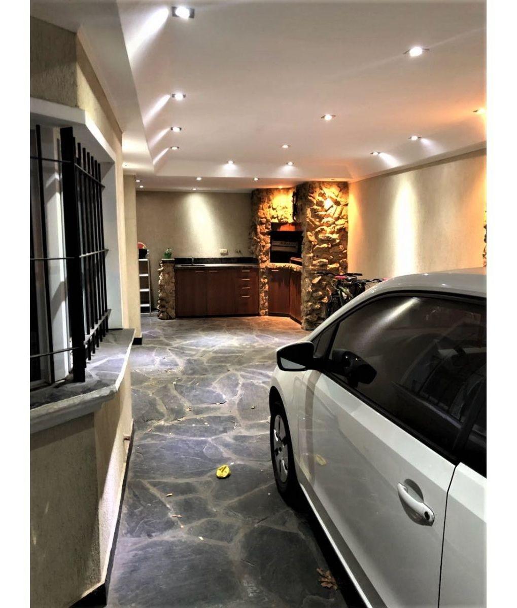 venta impecable y moderna casa 3 dormitorios zona norte