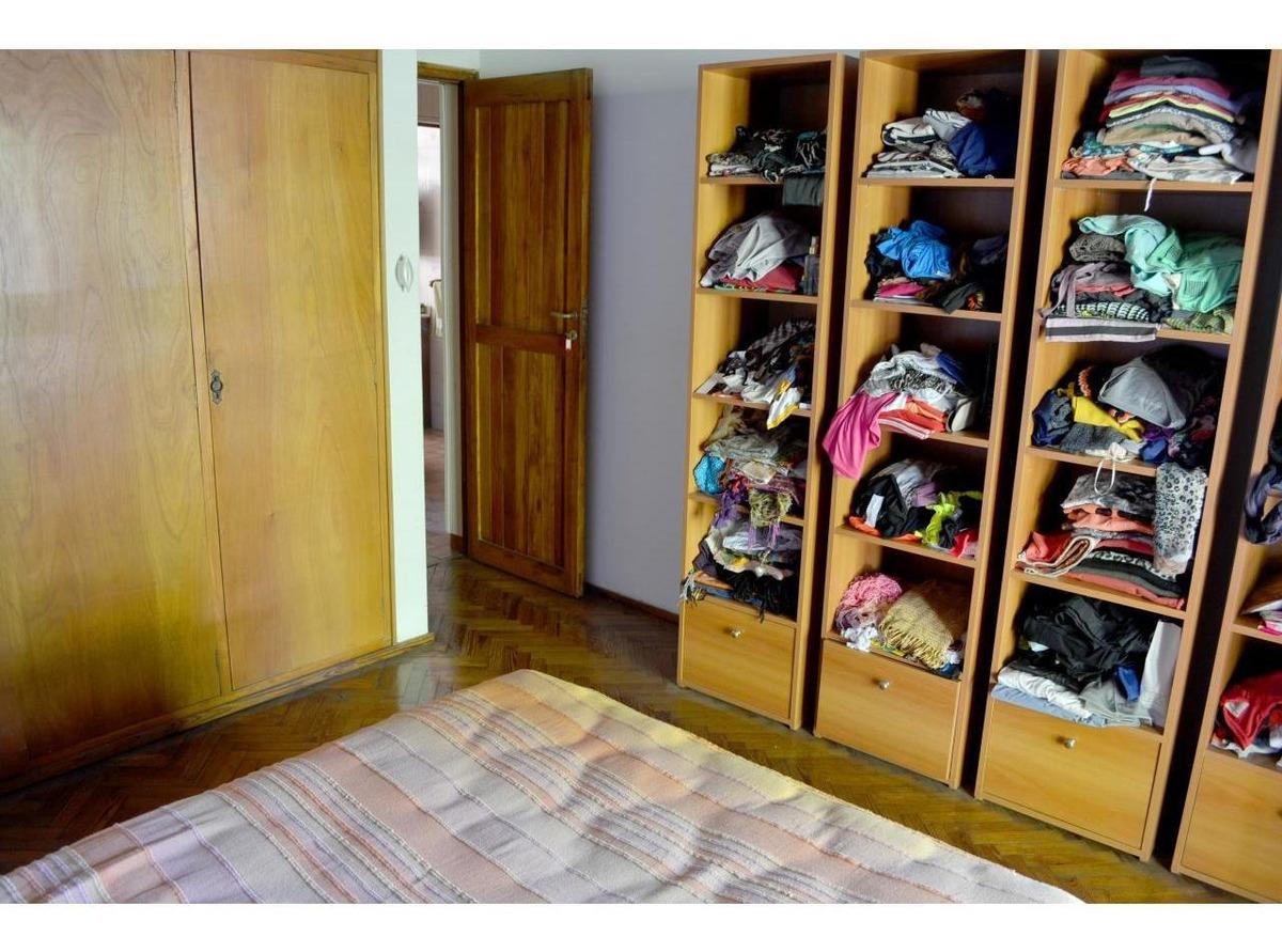 venta importante casa 4 dormitorios alberdi