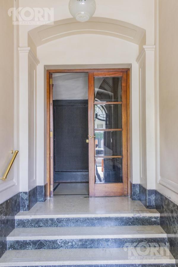 venta importante piso de estilo en la mejor zona de congreso