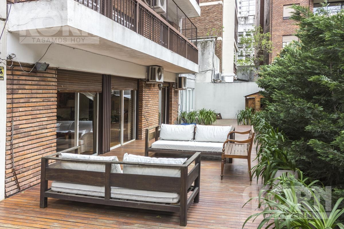 venta importante semipiso de 4 ambientes con cochera y gran terraza en barrio norte