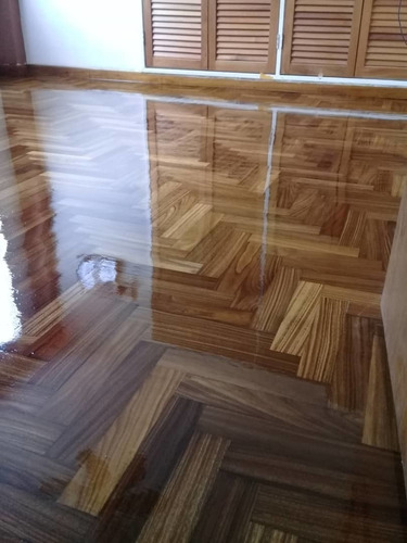 venta instalación y mantenimiento de pisos de parquet /vinil