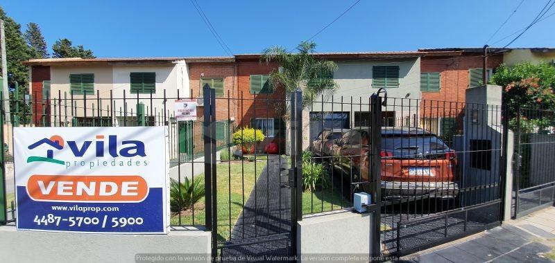 venta linda casa en barrio democracia, ciudad evita