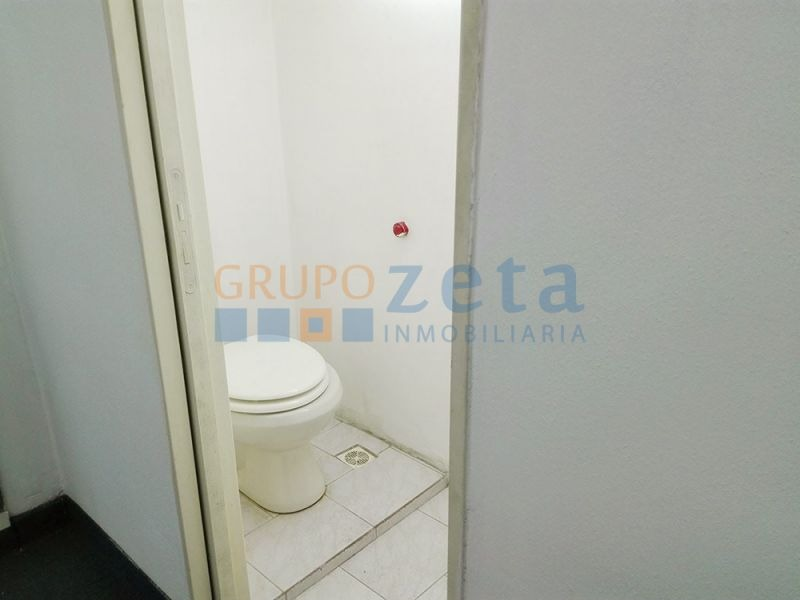 venta local apto credito toilette kitchette seguridad