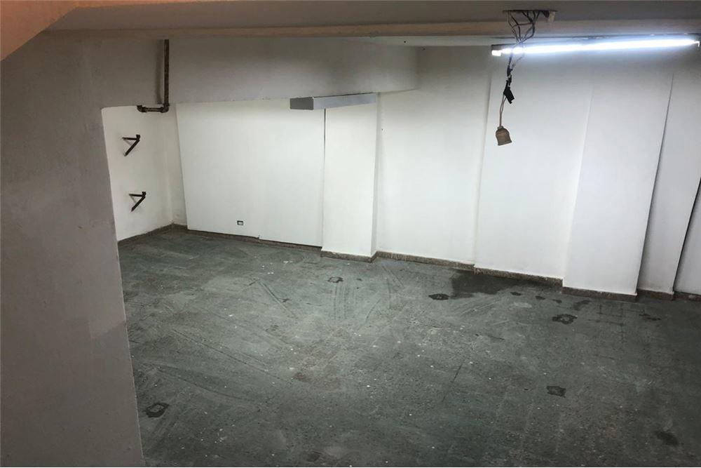 venta local balvanera de 180 m2