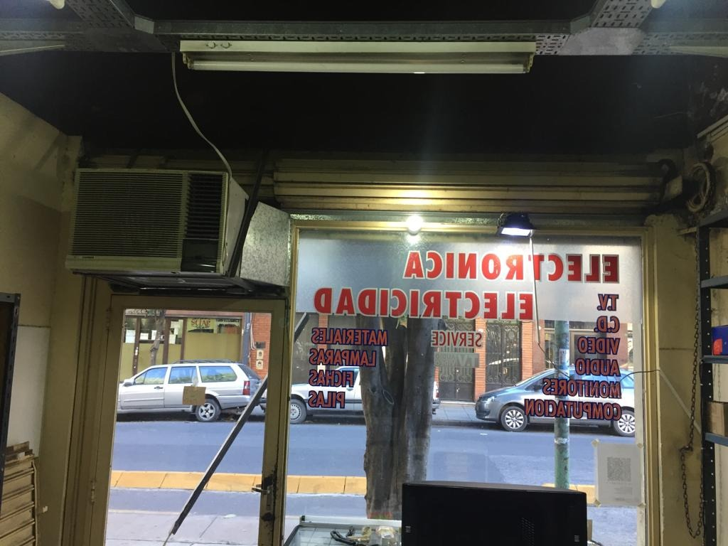 venta local comercial a la calle. balvanera