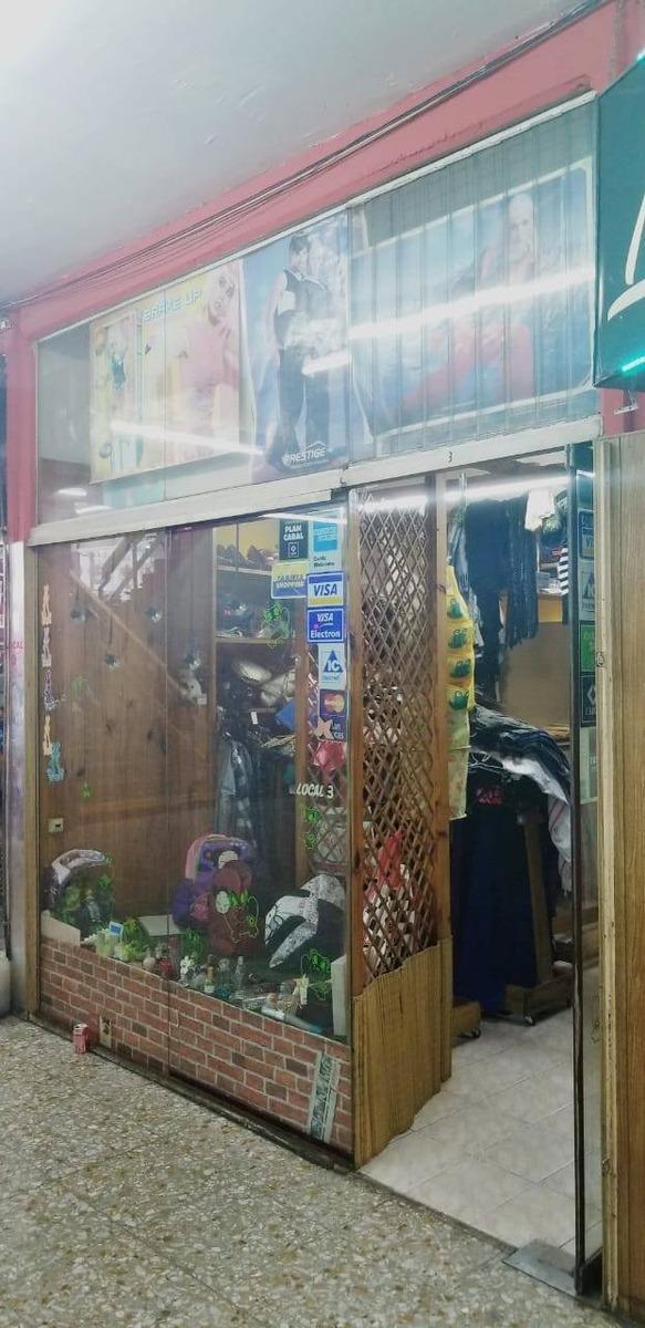 venta - local comercial en galeria en villa lugano (v186)