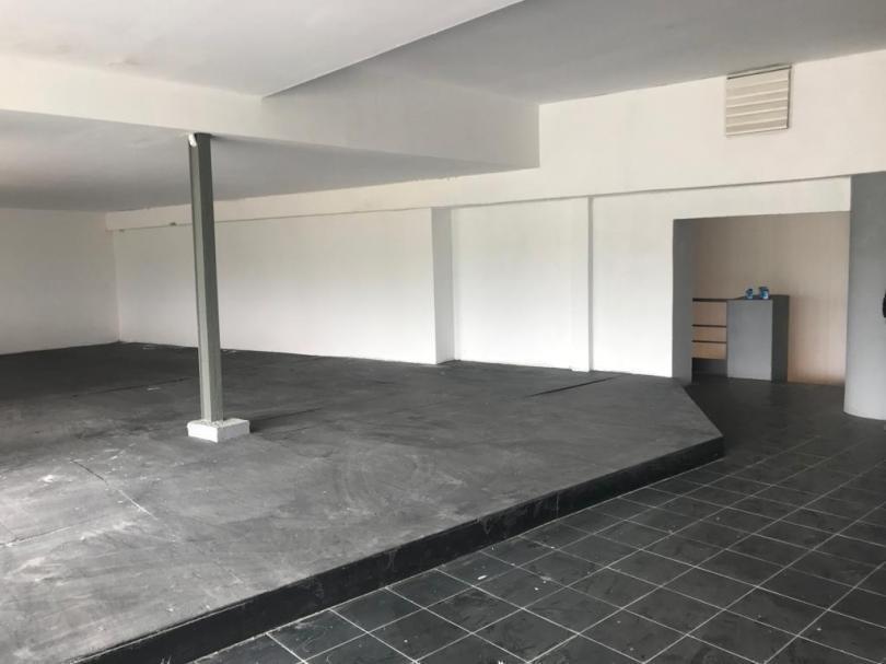 venta  local en barra de carrasco sobre giannattasio 900 m2