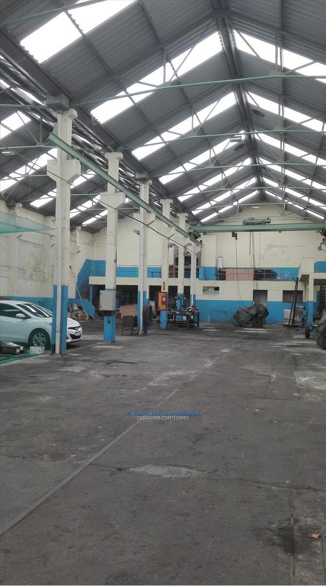 venta local industrial proximo al puerto ciudad vieja