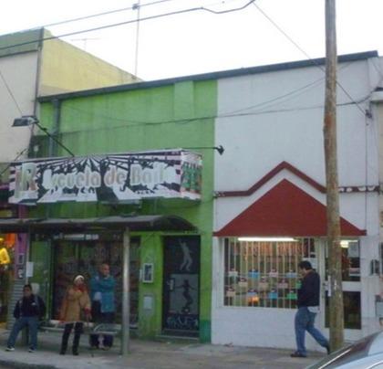 venta locales en san martín centro! tucuman 2100