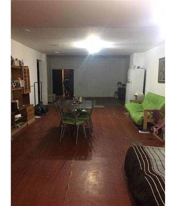 venta local/vivienda avellaneda centro!