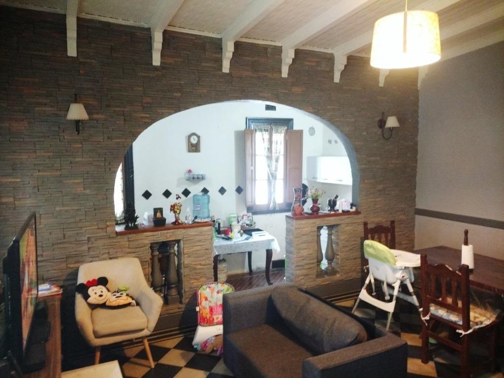 venta - lote de 2138 m2 con casa antigua refaccionada