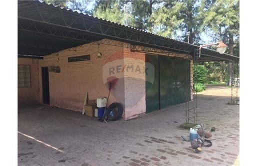 venta lujan 3930 m2 parque casa ppal y de caseros