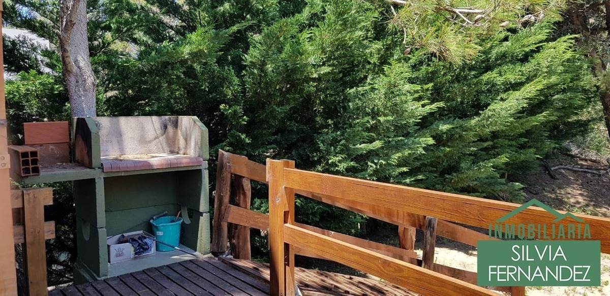 venta - mar azul - 6 cuadras de la playa - confortable y luminosa cabaña para 5 personas