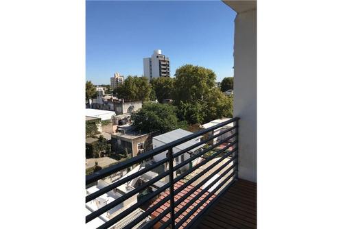 venta monoambiente buena construccion con balcon