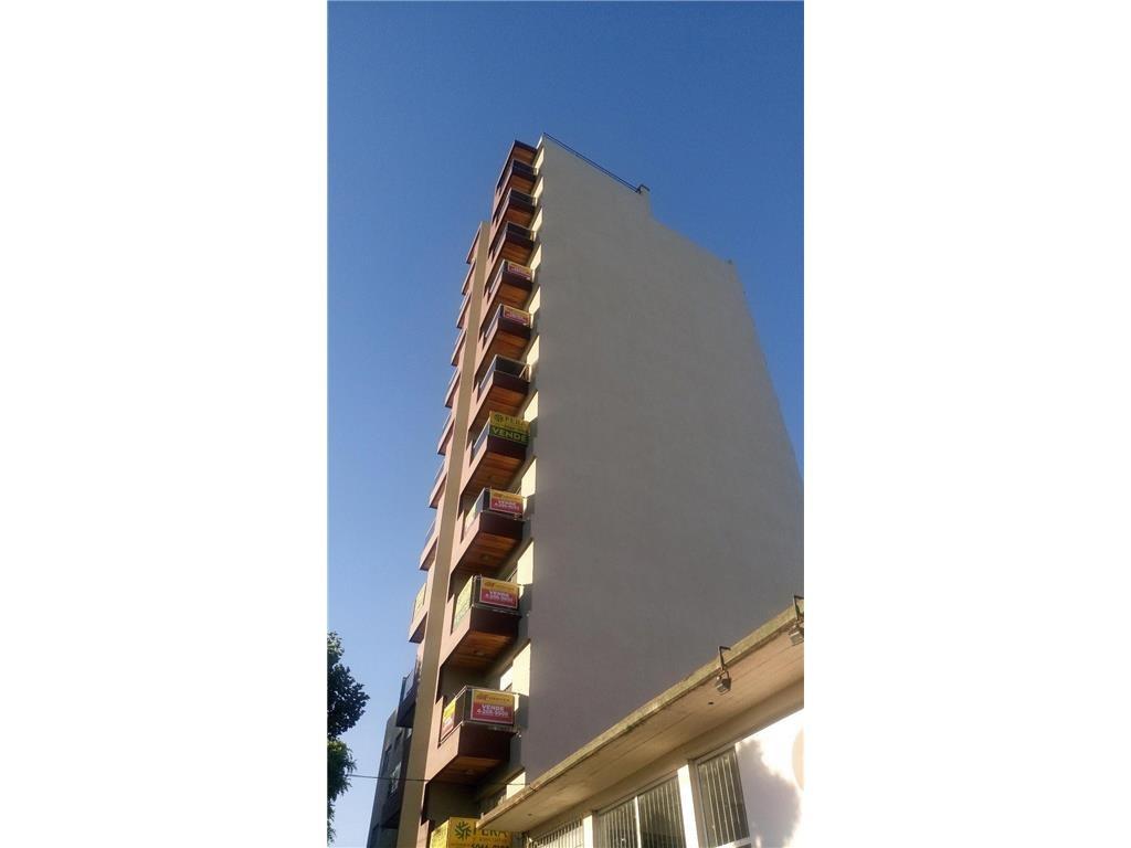 venta monoambiente en avellaneda con balcón a estrenar