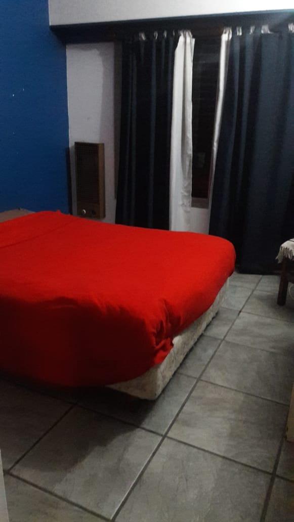 venta monte grande casa 4 dorm, galería y cochera!