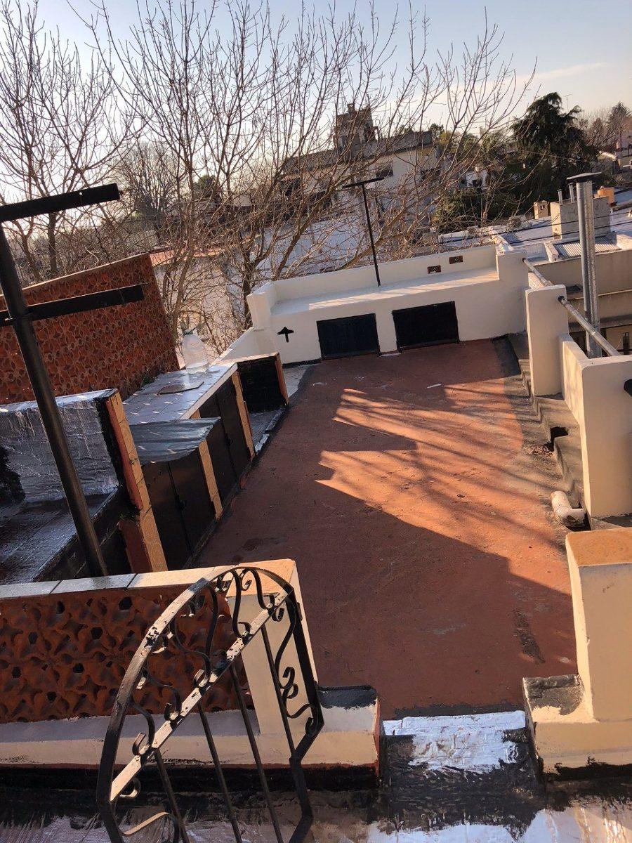 venta muy buen ph 2amb patio,terraza, parrilla,frente,