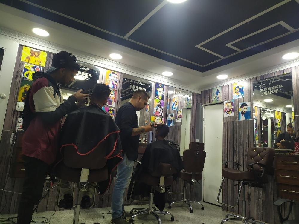 ¡venta! negocios acreditados barbería & spa de manos pies