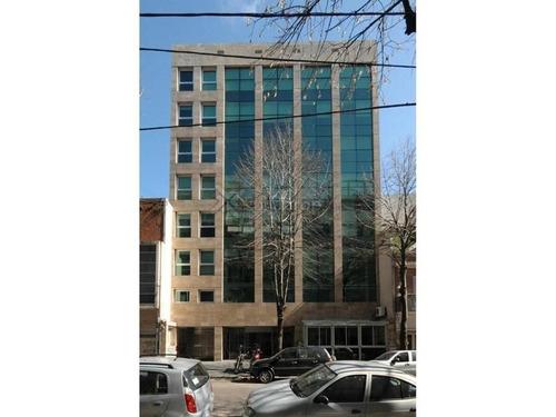 venta o alquiler: oficina  con cochera - edificio corporativo - super luminosa