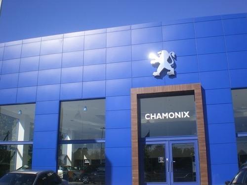 venta o colocación de aluminio compuesto o alocubom, cambio