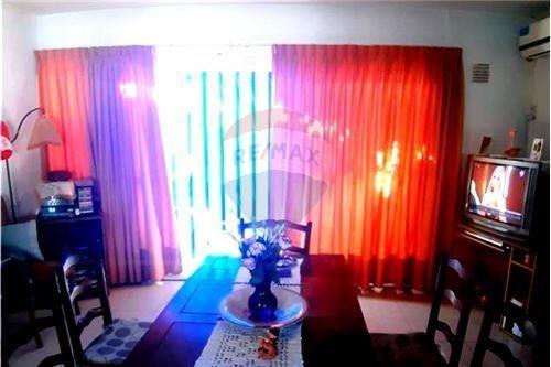 venta o permuta casa duplex 2 dormitorio y cochera