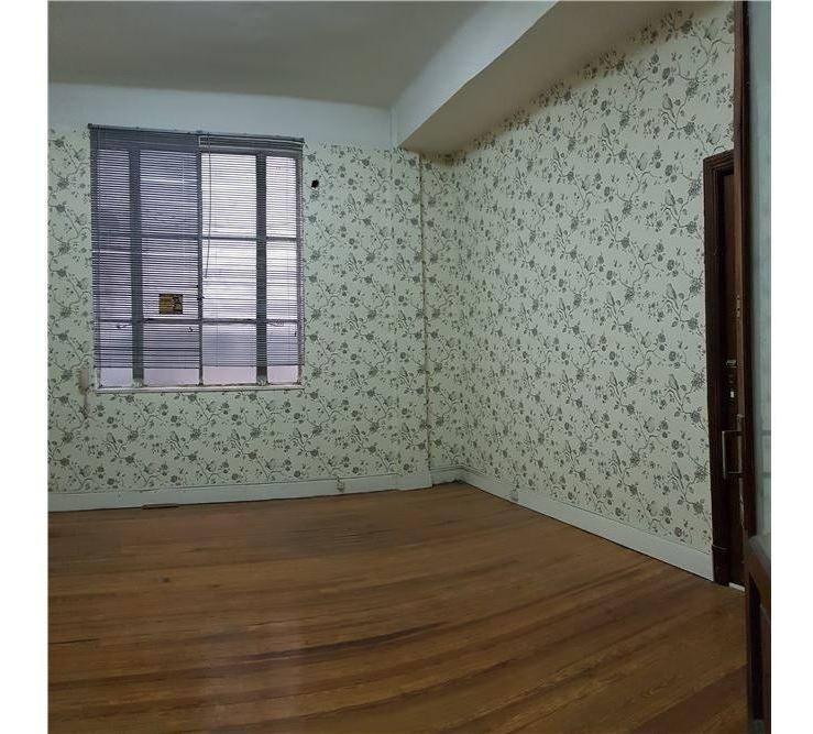 venta-oficina 1° piso, con renta-florida 200